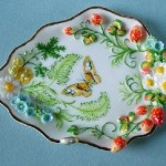 Tray decorated with Porcelain miniature