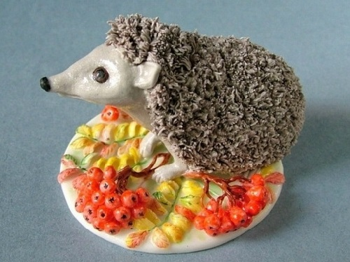 Hedgehog. Porcelain by Svetlana Oreshkina