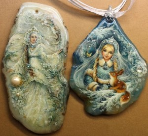 'Winter' pendant. Lacquer miniature painting on natural stone. Artist Anna Taleyeva