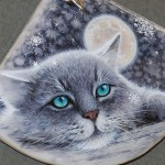 Moon cat pendant