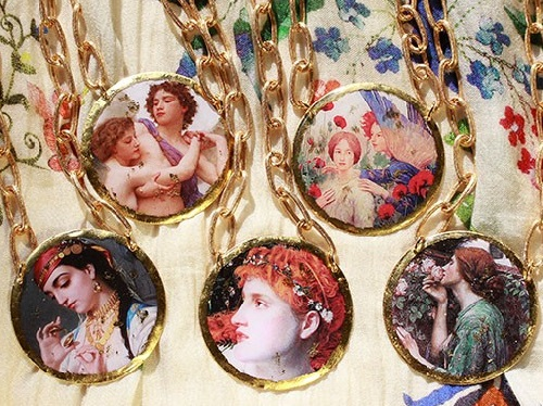 New collaboration of Fineartshop - 'Masters of Art'. Miniature copies of paintings in jewelry