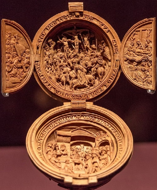 Prayer Nut wood carving art