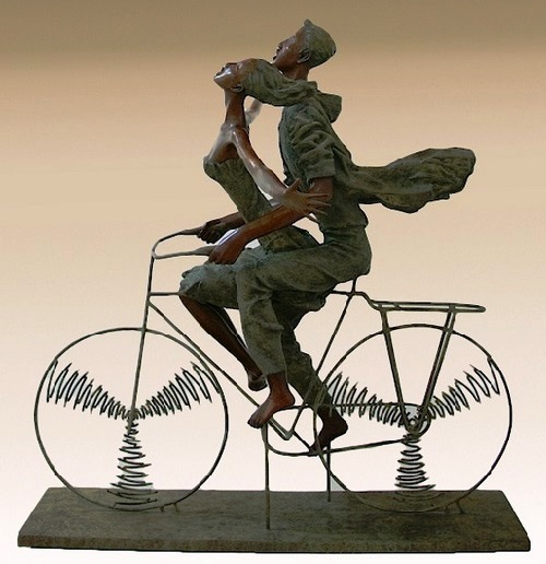 The song of youth. Bronze Sculpture