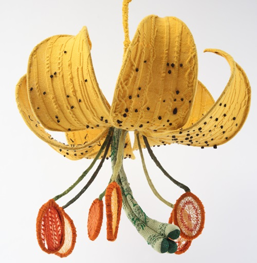 Tiger Lily, 2011. Realistic flowers knitted by self-taught artist Tatyana Yanishevsky