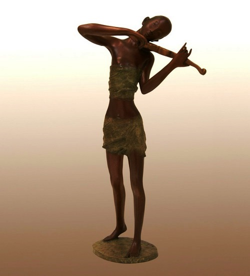 Violonist - harmony. Zhang Hua sculpture