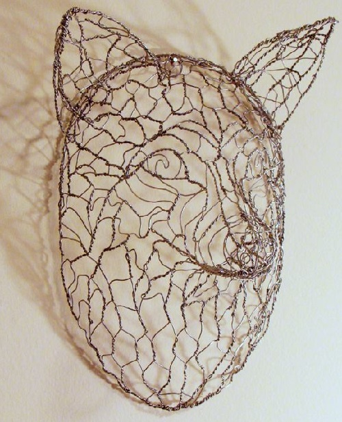 Steel wire mask of a fox