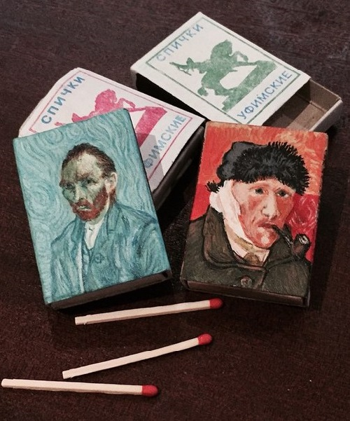 Mini copy of the paintings of Van Gogh on the boxes of matches