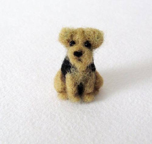 Welsh Terrier. Needle felted miniature by Krasnodar based artist Vera Megorskaya