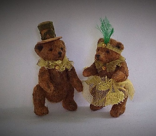 Married couple of bears. Victoria Chernysheva miniature toys