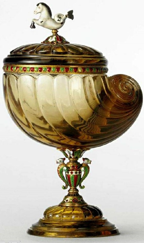 Russian, Fabergé workshop carved smoky quartz gold and enamel cup and cover. Jeweler Michael Perchin, St. Petersburg