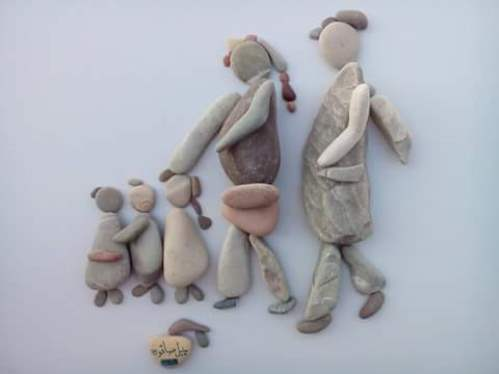 Family. Pebble art by Latakia based sculptor Nizar Ali Badr, Syria