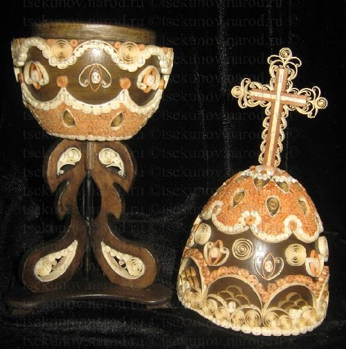 Wooden Easter egg made in filigree technique - Tsekunovka