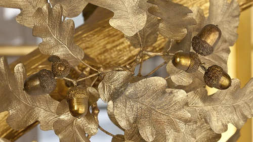 Oak tree with gold leaves and acorns