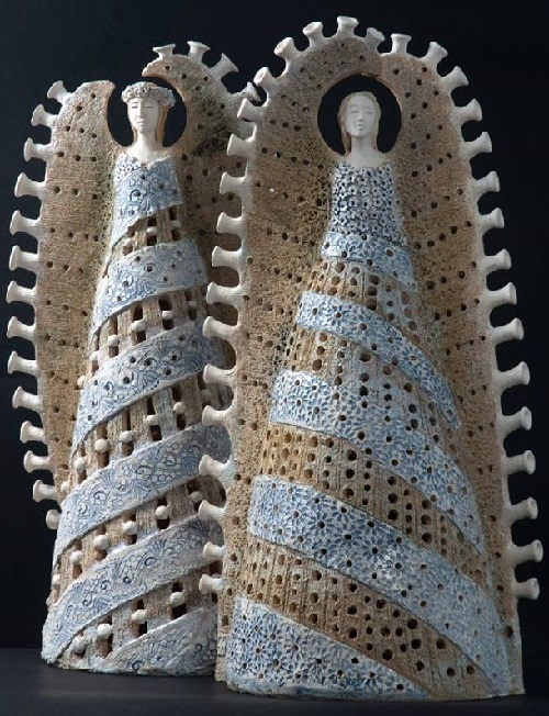 Two angels, unique ceramic sculpture created by Marta Wasilczyk
