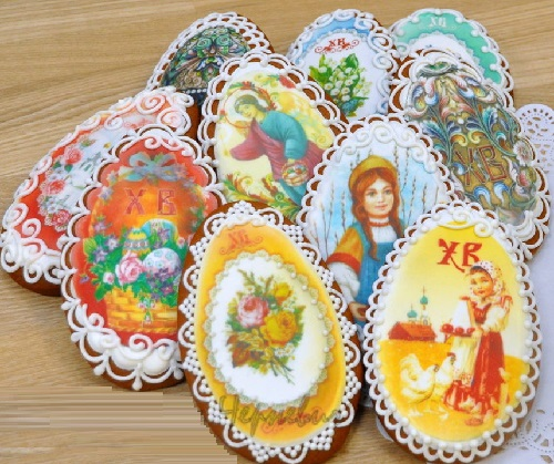Gingerbread Easter eggs. Food art by Vera Chernevich