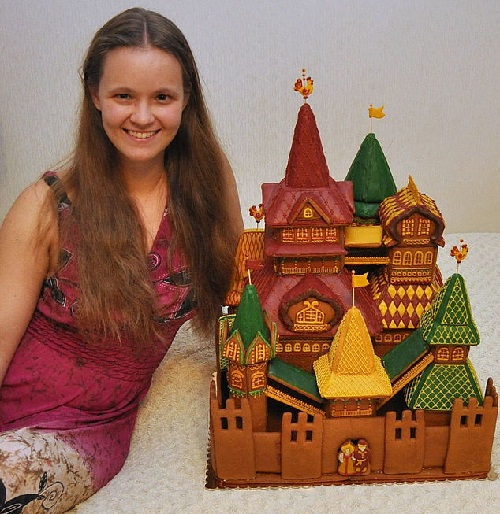 Gingerbread Terem Fairytale - Food art by Vera Chernevich