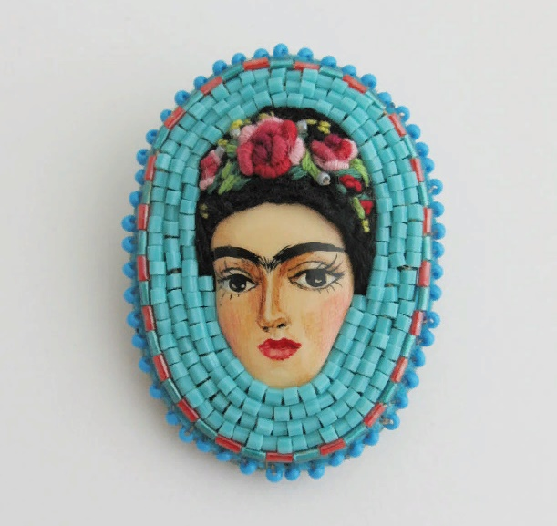 From the series 'Frida' brooch. Painted, glossy varnish, Tojo beads, Czech beads. Size 4.5 x 4.5 cm