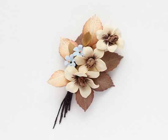 Beige flowers brooch. Foamiran, wire, pastel, paint, tape, stamens, pin. 11 cm