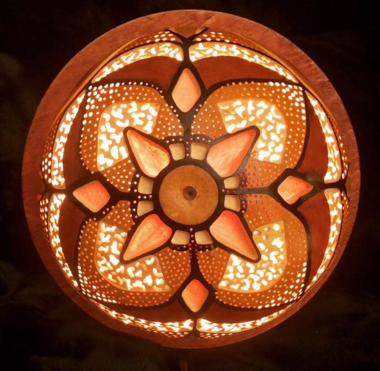 Geometrical design of indoor gourd sconce light