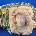Exquisite Coral bracelet