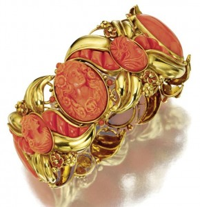 Gold and coral - bracelet, SEAMAN SCHEPPS, about 1950