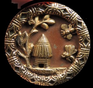 Bees & Beehive metal. Brass Picture Button