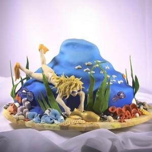 Cake for a diver. Work by St. Petersburg based food artist Vladimir Sizov