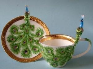 Peacock. Porcelain by Svetlana Oreshkina
