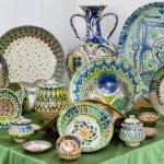 Colorful Uzbek pottery