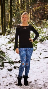 And even leggings are mandala painted!