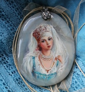 Lacquer miniature painting on a cut of agate. Artist Anna Taleyeva