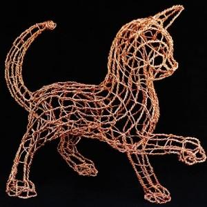 Cat sculpture. Copper wire art by Minnesota based artist Ruth Jensen