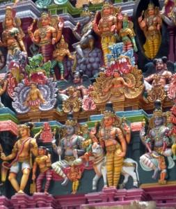 Close up of gopurum figures