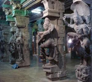 Sculpture inside the Meenakshi Sundareswarar Temple