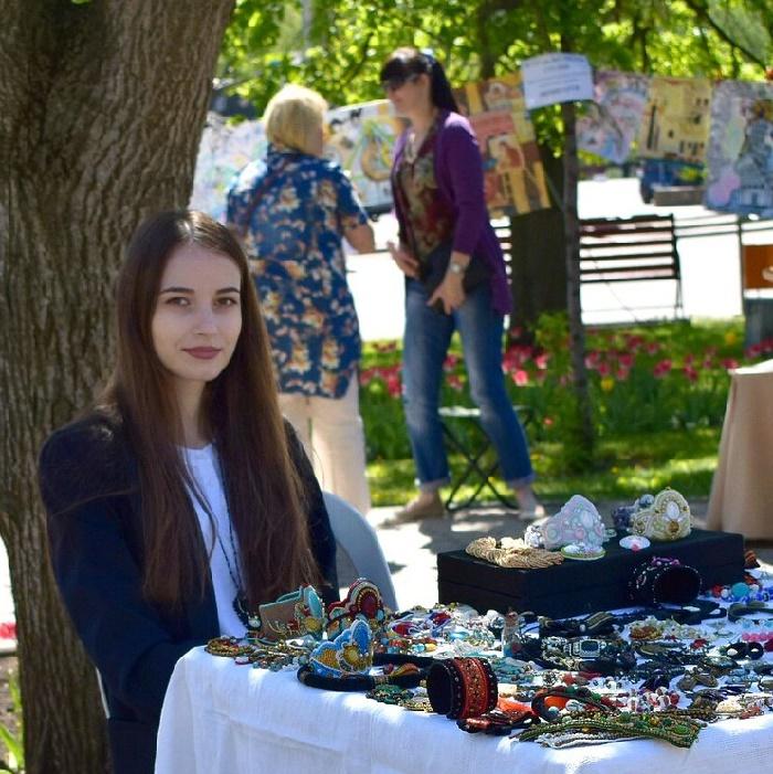 Beautiful Russian artist jeweler Ekaterina Barinova. Belgorod. May. 2017