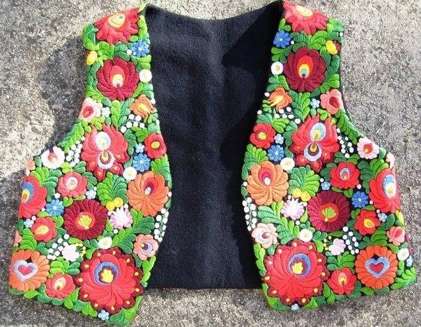 Gorgeous vest, Kalocsa embroidery