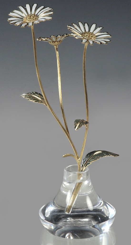 Desk decoration 'Chamomile'. Gold, diamonds, enamel, quartz. Russian creative jewellery company Sirin