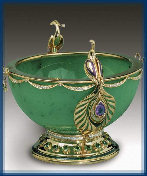 Firebird. Gold, diamonds, amethysts, chrysolites, jade, enamel