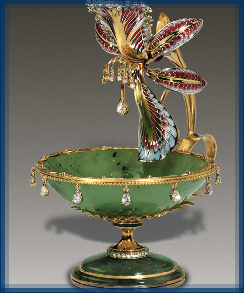 Orchid. Vase. Gold, diamonds, jade, enamel