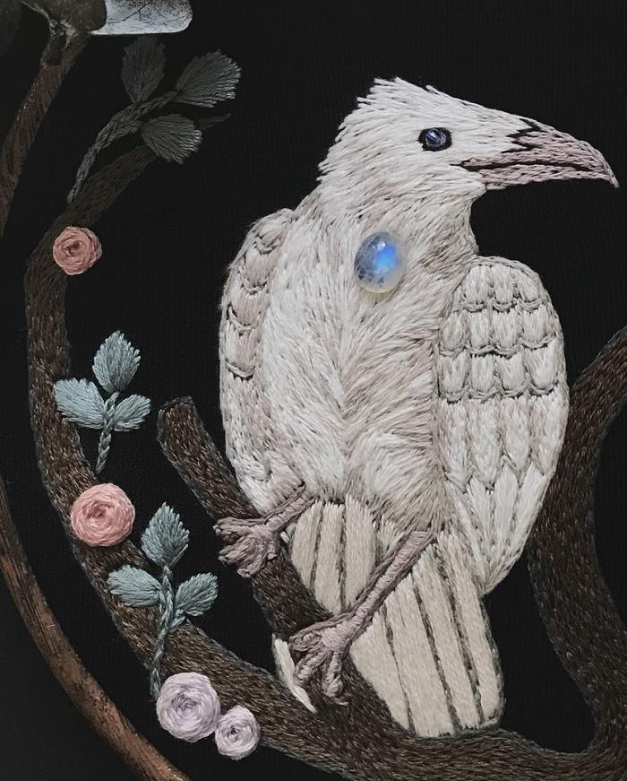 Closeup - white Raven