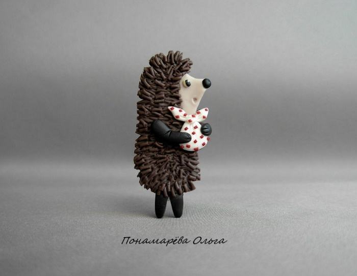 Hedgehog in the Fog brooch, inspired by a 1975 Soviet animated film directed by Yuriy Norshteyn