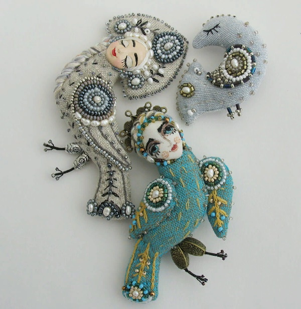 Fabulous Maiden Bird brooches. Material - linen, silk, embroidery, floss, bronze accessories. Size from crown to tip of tail 10 cm
