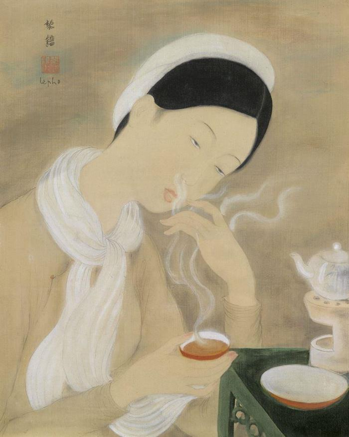 A lady with a cup of tea. 37 x 29 cm. Ink and gouache on silk