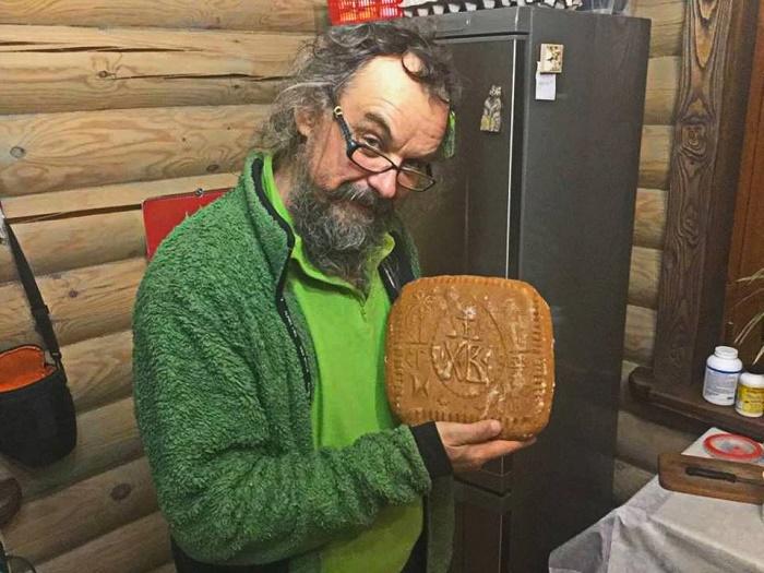 Nikolay Shiroky, Russian artist, wood carver