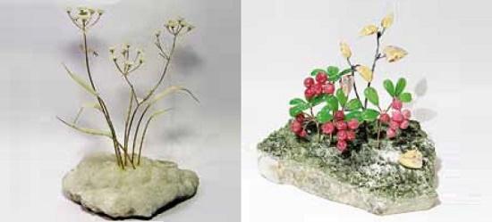 Frosty morning. 2009. Chalcedony, metal. Lingonberry 2008. Rhodonite, jade, jasper, vesuvian, metal