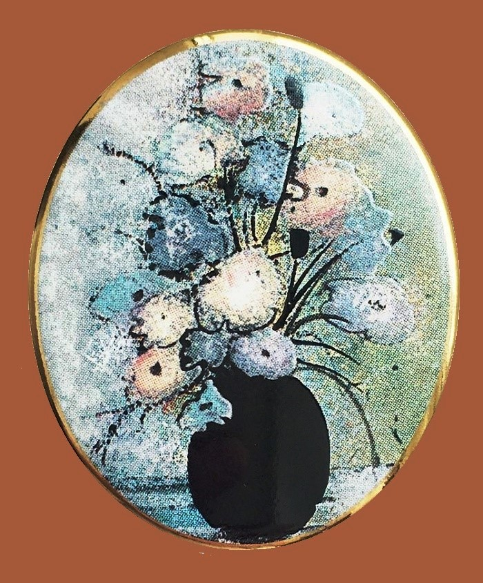 Pat's flowers brooch. Jewelry alloy, porcelain, enamels. 4.5 cm